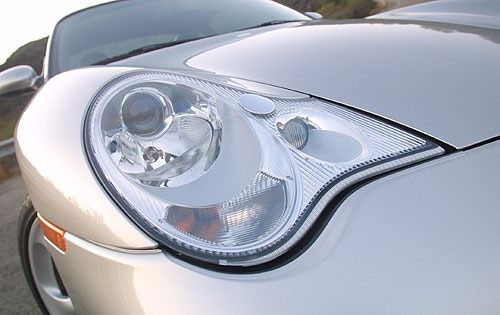 2003_porsche_911_coupe_carrera-4s_edetail_oem_1_500